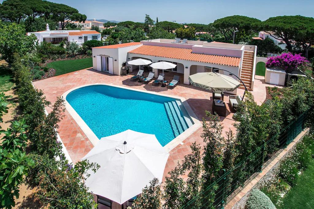 Ferienhaus Villa mit Pool nahe Faro